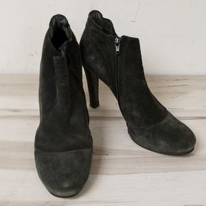 Theory Black Leather Side Zipper Booties Size 41